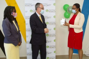 Brasil doa ao Caribe Oriental testes PCR para a COVID-19